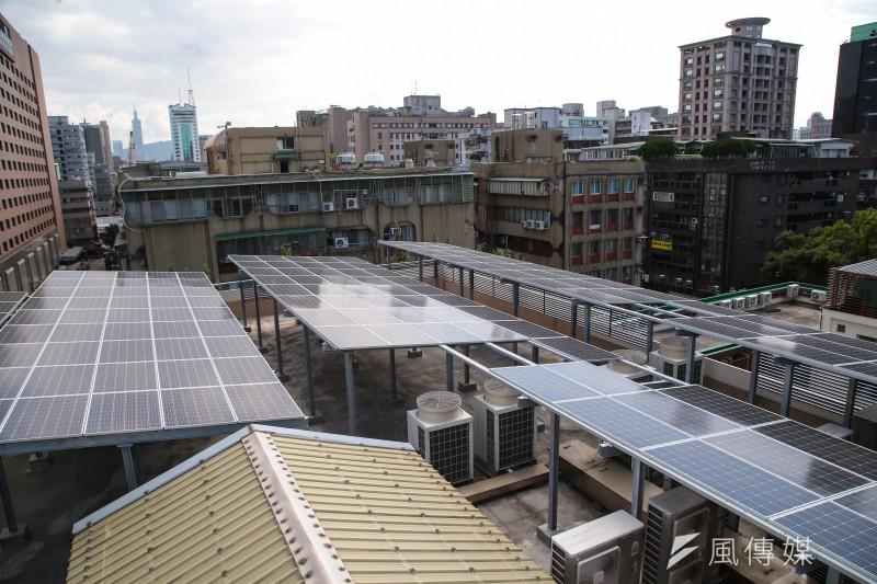 20171026-立法院鎮江會館太陽光電發電系統。(顏麟宇攝)