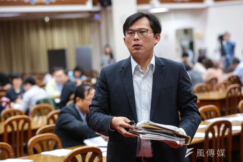 由「安定力量」發起的立委黃國昌罷免案即將於12月16日辦理罷免投票,為《公職人員選舉罷免法》修法後第一宗罷免案。圖為時代力量立委黃國昌。(顏麟宇攝)