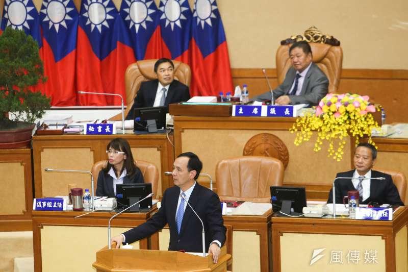新北市長朱立倫允諾籌辦北京、港澳辦事處,遭陸委會打臉,朱立倫今(3)日表示是從人民的角度去想,別從政治角度否定。(資料照,陳明仁攝)