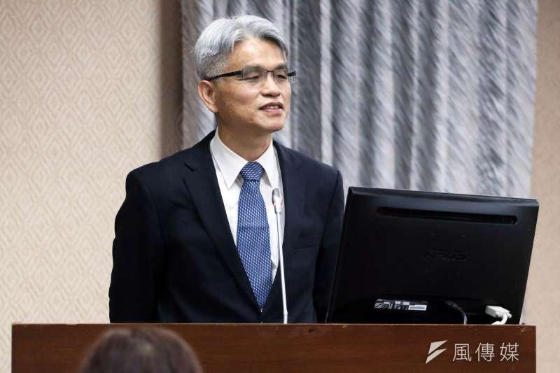 20171106-立法院內政委員會,中選會主委被提名人陳英鈐。(蘇仲泓攝)