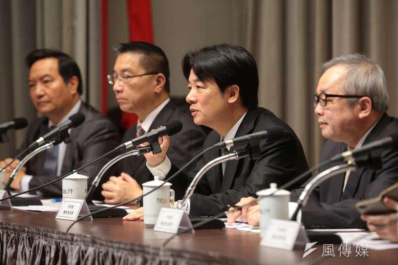 行政院長賴清德8日主持「解決產業五缺」最關鍵的「缺電」記者會,說明未來能源政策方向。(資料照,顏麟宇攝)