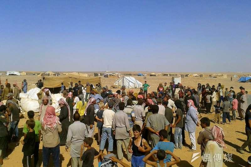 敘利亞內戰難民,流亡鄰國約旦,歸鄉之路永遠在眺望之中(AP)