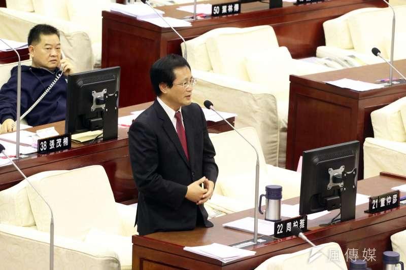 20171114-台北市議會下午進行市政總質詢及答覆。圖為市議員周柏雅。(蘇仲泓攝)