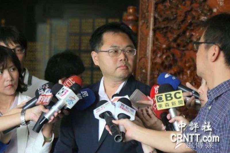 檢方認為前高雄市政府海洋局長王端仁涉嫌圖利慶富造船,因此在今(23)日偵訊後將其改列被告。(資料照,中評社)