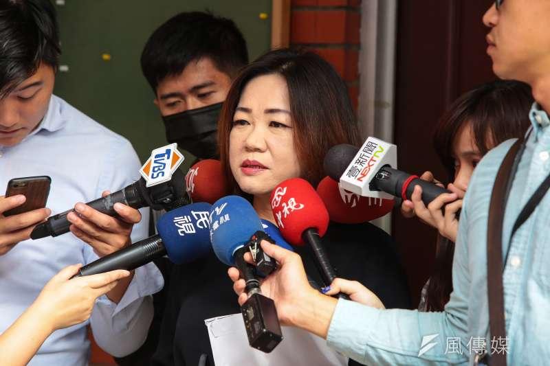 20171117-國民黨立委馬文君17日於國民黨團大會時接受媒體聯訪。(顏麟宇攝)