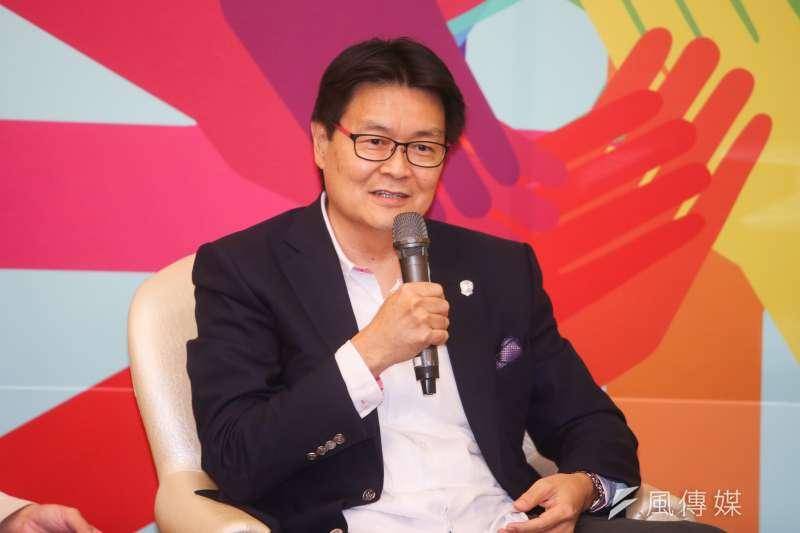 拍賣官陸潔民--台北市長柯文哲出席國際扶輪社扶輪青年領袖成長營-築夢論壇。(陳明仁攝)