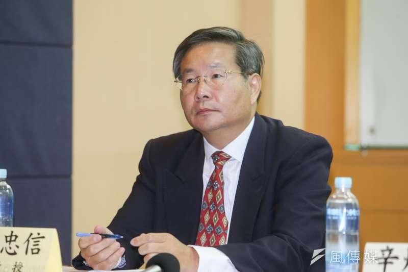 無黨籍台南市長參選人許忠信,對年底台南市長選舉有絕對自信。(資料照,陳明仁攝)