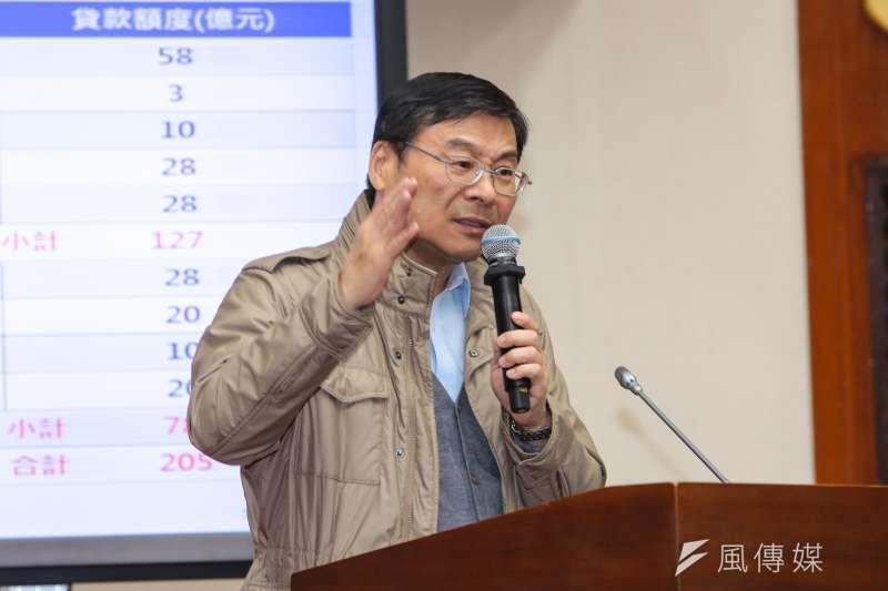 國民黨立委曾銘宗表示,慶富給高雄銀行的擔保金額達16.85億元,很多都是從地下錢莊借來的,呼籲金管會仔細查辦。(資料照,顏麟宇攝)