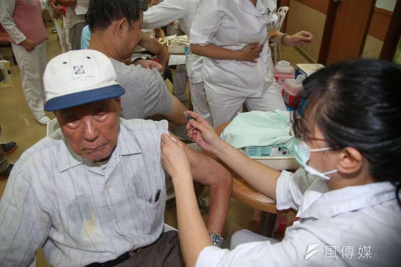 隨著武漢肺炎疫情日益升溫,加上日前發生院內感染案例,也因此傳出多起護理師遭到歧視的事件。(資料照,陳明仁攝)