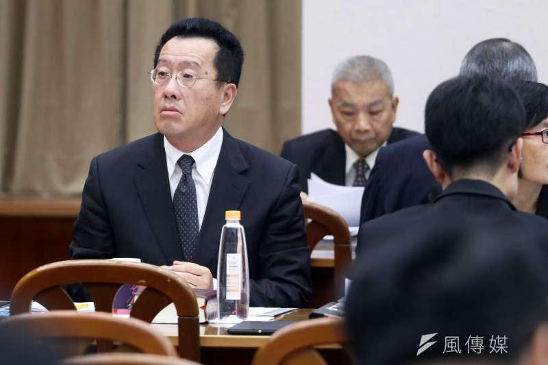 金管會主委顧立雄29日表示,資產兆元以上的銀行需設吹哨者制度。(資料照,蘇仲泓攝)