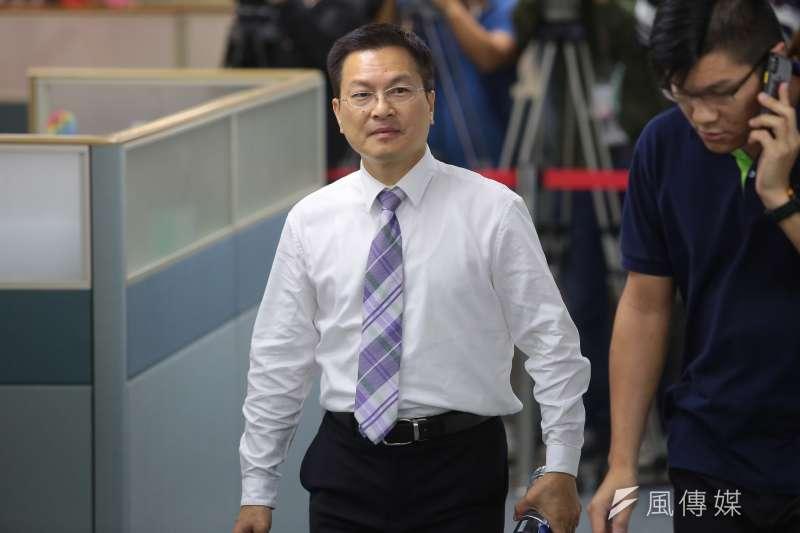 20171129-彰化縣長魏明谷29日出席民進黨中執會。(顏麟宇攝)