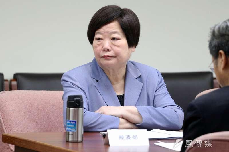 2017-11-29-立法院衛環委員會舉行勞基法公聽會,勞動部長林美珠出席。(蘇仲泓攝)
