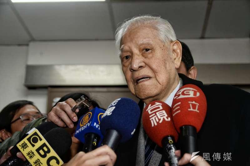 面對總統府秘書長陳菊來訪,前總統李登輝(見圖)表示,他會支持民進黨最後提名的總統人選,但民進黨如何產生人選,要由人民決定,他無從置喙。(資料照,甘岱民攝)