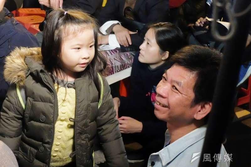 律師表示,鄭性澤(右)被判冤獄4321天且曾被警方刑求自白,故聲請刑事補償金共2160萬5000元。(資料照,謝孟穎攝)