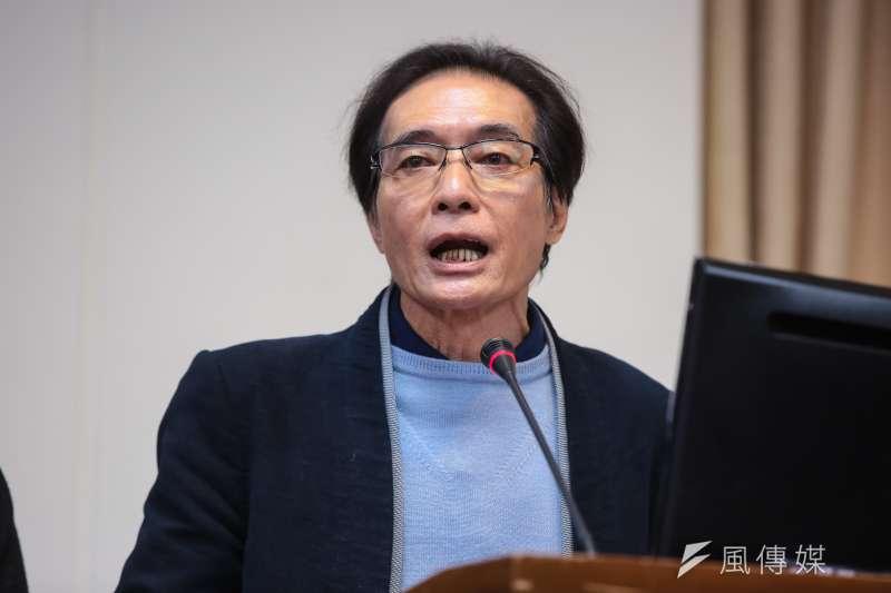 民進黨立委鍾孔炤表示,台灣成為全球血汗低薪的「隱形冠軍」。(資料照,顏麟宇攝)