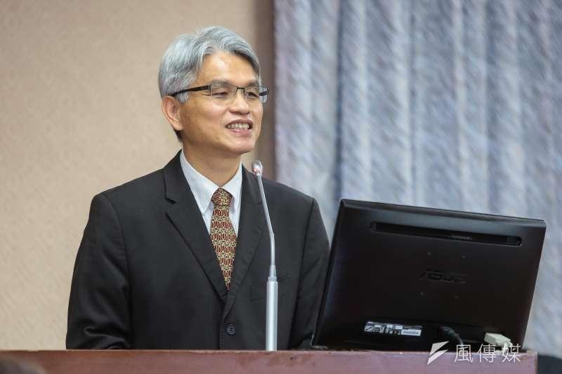 中選會主委陳英鈐表示,此3項公投案不是同婚公投,而是如何落實同婚權利的公投。(資料照,顏麟宇攝)