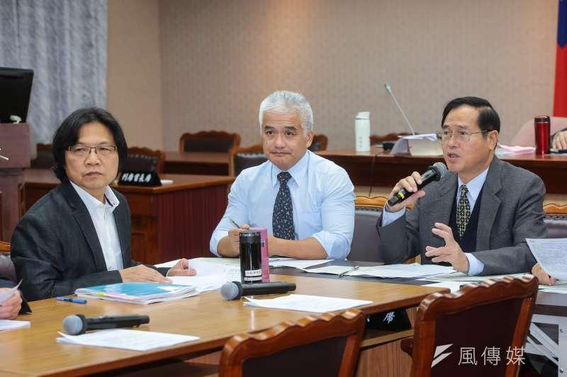 國民黨立委鄭天財7日主持立院內政委員會。(顏麟宇攝)
