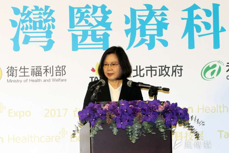 由台灣人權促進會等多個團體今(8)天公布首屆「2017人權金龜獎」入圍名單,總統蔡英文有4項代表作入圍,包括移工政策、國家人權委員會、憲改、李明哲救援。(資料照,蘇仲泓攝)