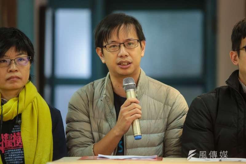 20171209-台灣網路透明報告計畫河明諠9日出席「2017人權金龜獎頒獎典禮」。(顏麟宇攝)