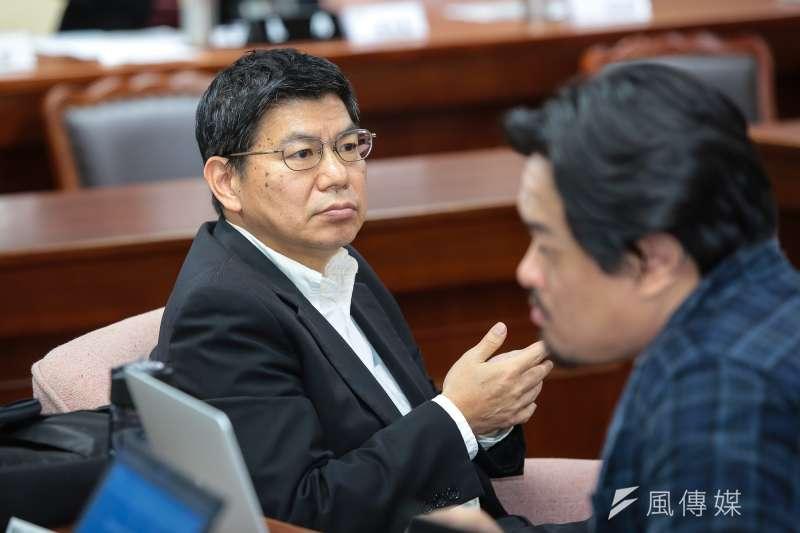 台大公衛學院院長詹長權(左)指出,空污法是台灣很重要公共衛生課題,政府不應漠視人民權益。(資料照,顏麟宇攝)