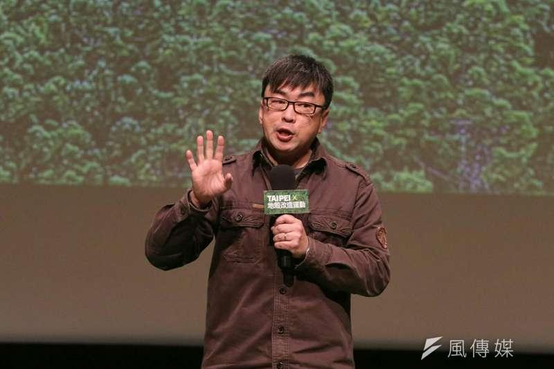 姚文智17日舉辦宣布參選台北市長說明會,段宜康站台力挺。(蘇仲泓攝)