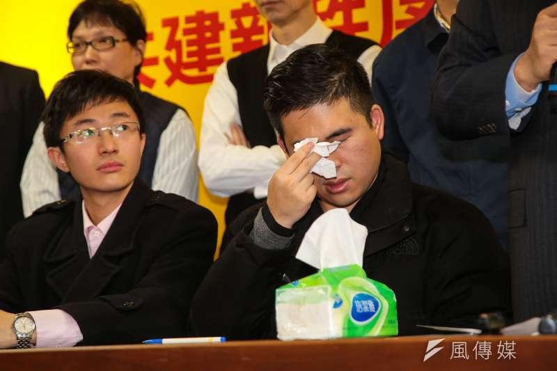 新黨王炳忠等人20日針對檢調搜索一事,召開記者會說明。(顏麟宇攝)