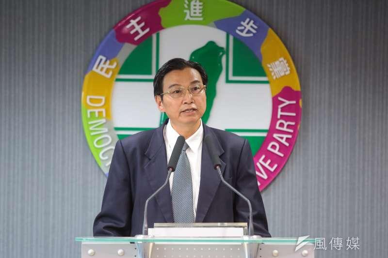 20171220-草屯鎮長洪國浩20日出席民進黨中常會後記者會。(顏麟宇攝)