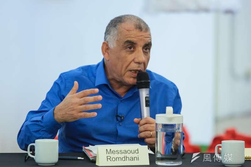 突尼西亞人權協會前副主席荷穆達尼23日出席「和平的力量,尊嚴的追尋」講座。(顏麟宇攝)