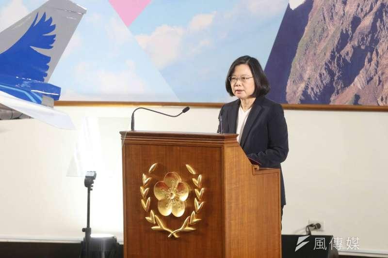 根據財團法人台灣民意基金會的最新民調顯示,台灣人對上任19個月的總統蔡英文,感情熱度是46.94度,這是一個相當寒冷的溫度,根本上屬於負面反感的一邊。(資料照,蘇仲泓攝)