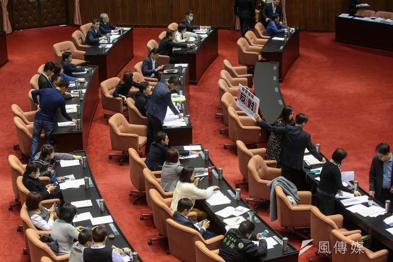立法院院會今(29)三讀《客家基本法》修正案。(顏麟宇攝)