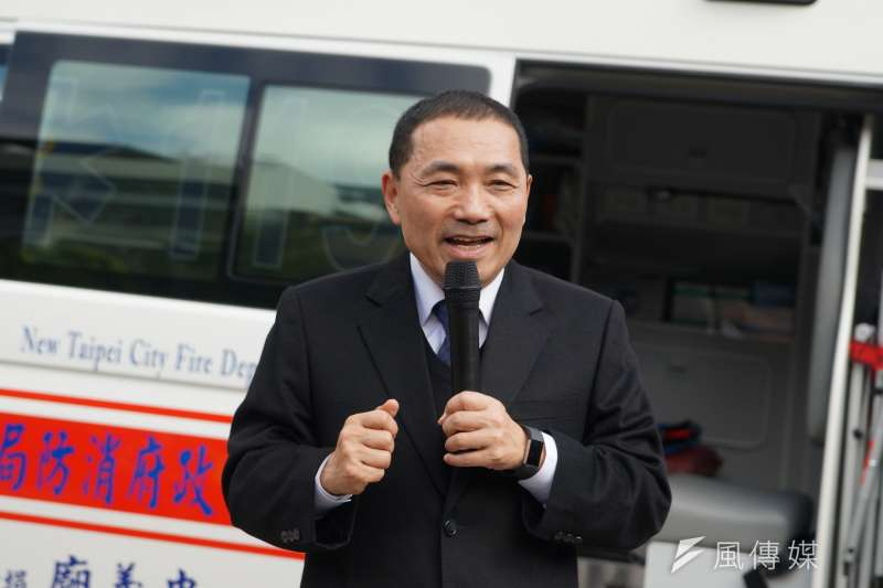 20171229-新北市副市長侯友宜參拜蘆洲忠義廟,並出席救護車捐贈儀式。(盧逸峰攝)