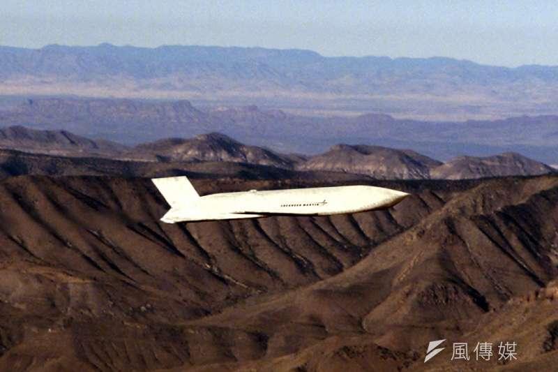 香港建制派媒體報導,有中國軍事專家坦言,若美方售台AGM-158遠距攻陸飛彈,將對共軍構成威脅。(資料照,取自維基百科)