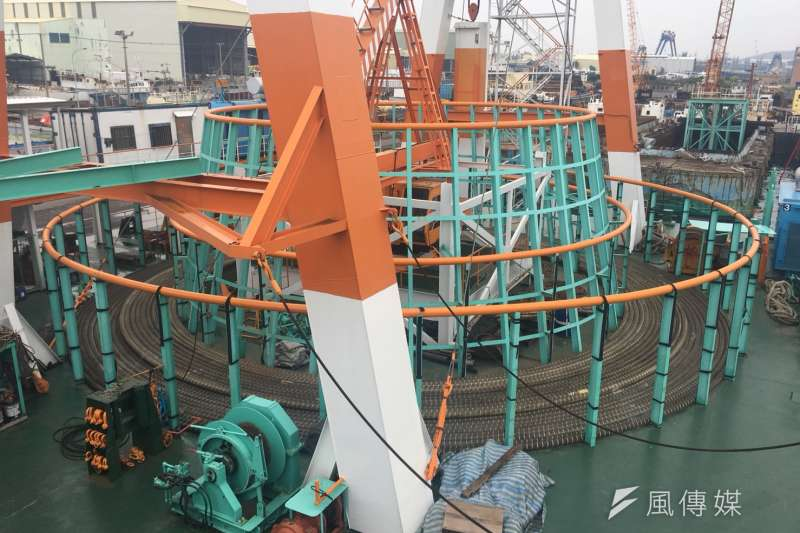 本土船商穩晉的電纜工作船。(尹俞歡攝)離岸風電、風機、風場