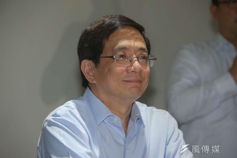 陸委會公布成了台大準校長管中閔的登陸次數,恰好還了他清白。(陳明仁攝)