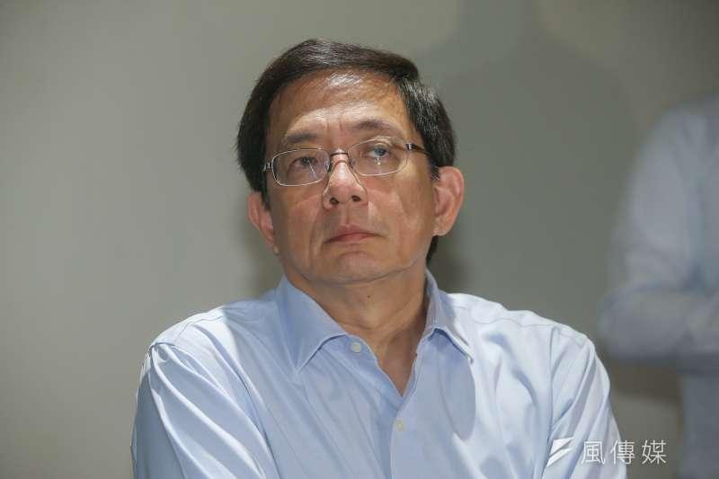 作家苦苓今(27)日建議,「管爺不要再受這口鳥氣了,直接出來選台北市長吧!」(資料照,陳明仁攝)