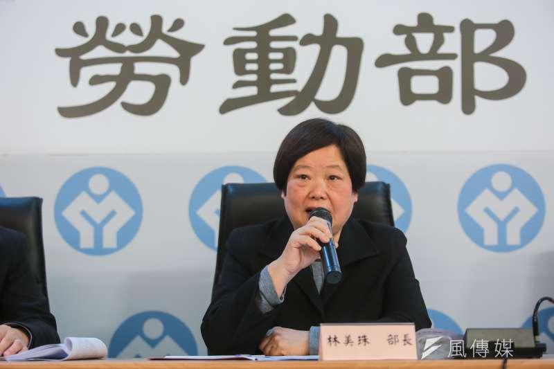 勞動部長林美珠強調修法或許能改善低薪問題,極具信心大喊:「你看是不是有正面影響?應該是嘛!厚!」。(顏麟宇攝)