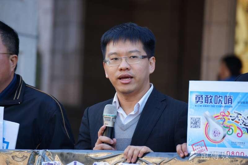 20180110-戴立紳揭弊免職案聲請釋憲,周宇修律師發言。(盧逸峰攝)