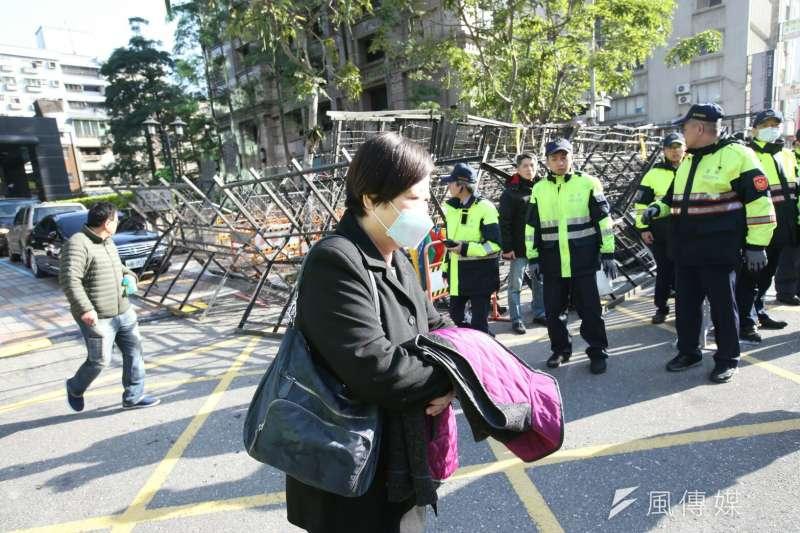 《勞基法》三讀通過,勞動部長林美珠表示,「大家都很辛苦,希望我們勞動環境可以更好」。(陳明仁攝)