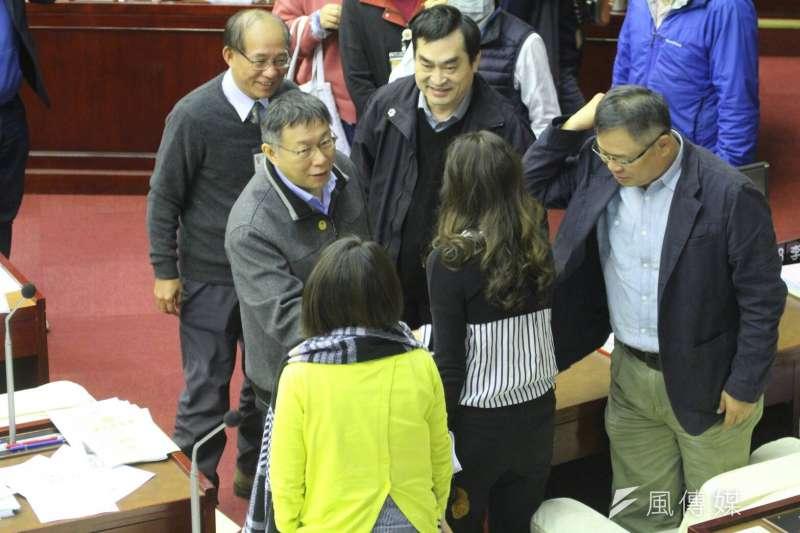 在市長暨議員大選年,柯文哲與議員之間的互相需要,表現在此次長達數月的預算審查中互有妥協遷就。(方炳超攝)