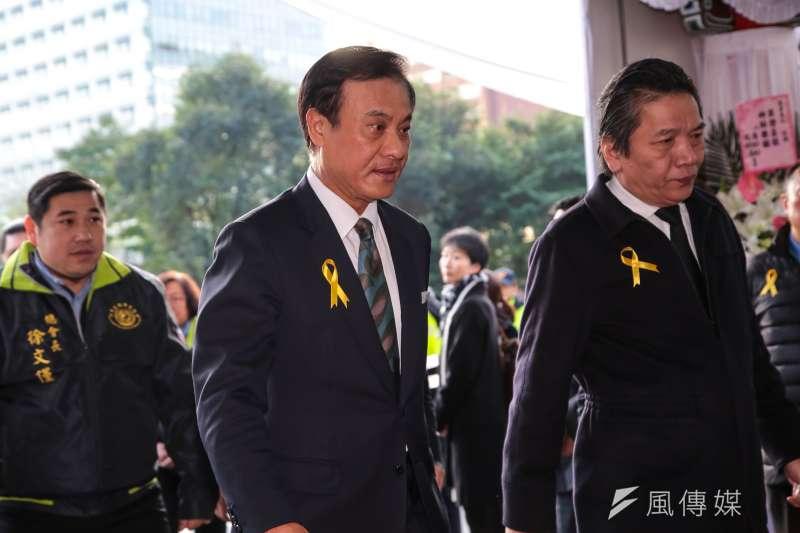 20180111-立法院長蘇嘉全11日出席親民黨主席宋楚瑜母親胡窕蓉女士追思告別式。(顏麟宇攝)