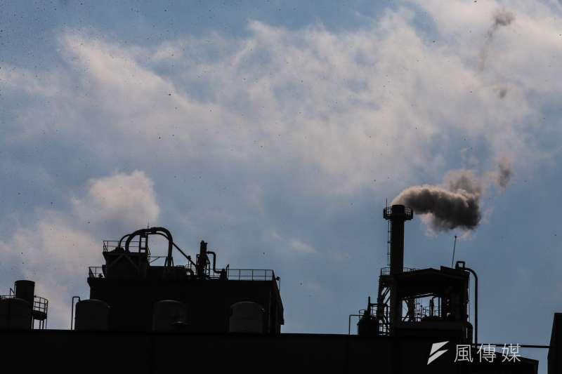 台灣在2017年底喊出2020年溫室氣體排放量要比2005年減少2%的規劃,但這項原預計在明年落實的目標,恐怕無法實現。示意圖。(資料照,陳明仁攝)