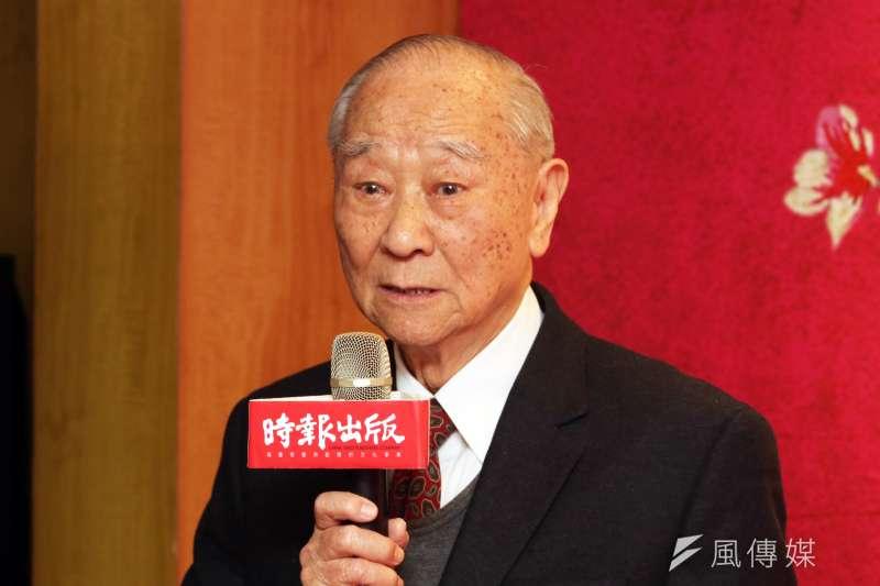前軍事情報局長汪希苓說,因江南為「三面諜」、當時又要撰寫《宋美齡傳》汙衊蔣宋美齡,所以才進行「制裁」。(蘇仲泓攝)