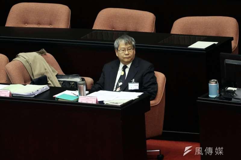 20180115-立法院臨時會第一次全院委員會「行使監委同意權案」詢答,圖為監委被提名人陳師孟。(蘇仲泓攝)