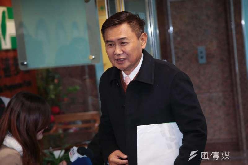 談及台南立委補選,前民進黨副秘書李俊毅認為目前已經變成派系跟政黨的戰爭。(資料照,甘岱民攝)