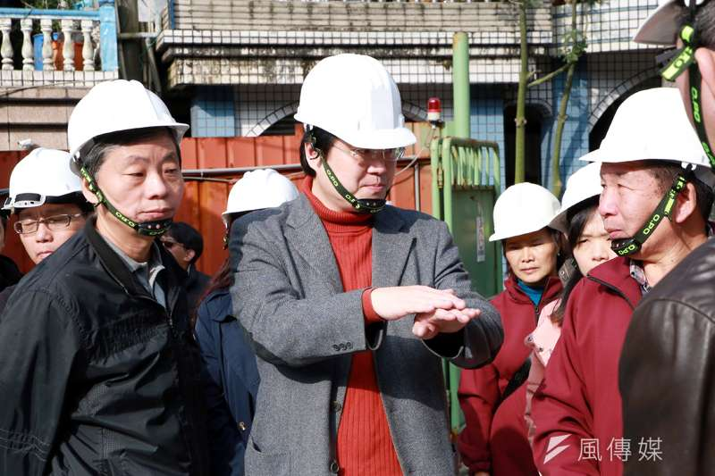 基隆市長林右昌視察基礎建設,走動式管理。(圖/張毅攝)