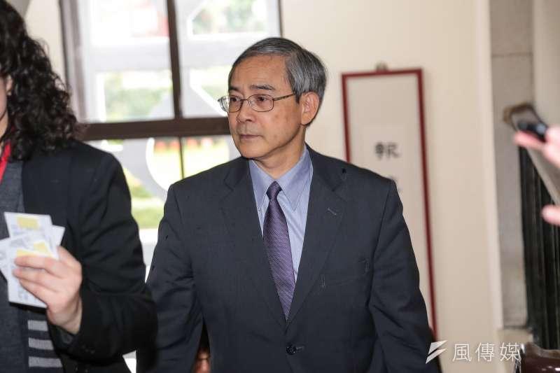 財政部次長阮清華(見圖)表示,國安基金上周授權進場後,至今為止,國安基金仍隨時待命、隨時出招。(資料照,顏麟宇攝)
