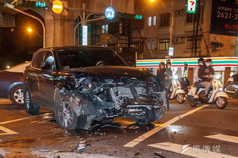 20180120-酒駕專題配圖,車禍。(顏麟宇攝)