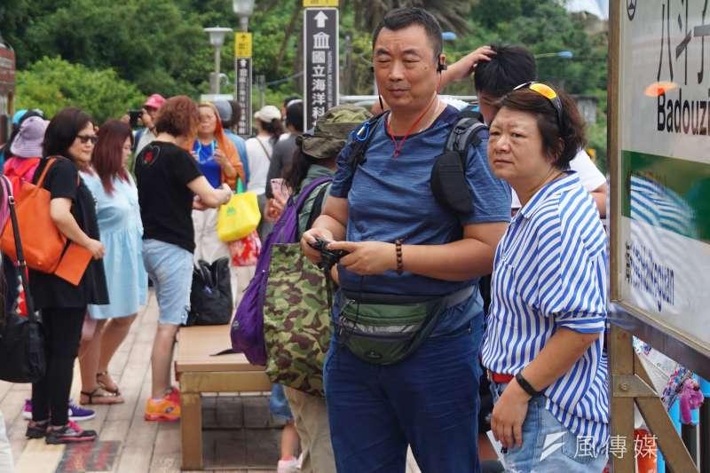 陸客團參觀基隆八斗子風景區。(盧逸峰攝)