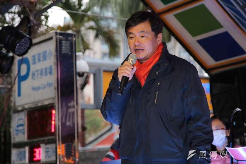 民進黨秘書長洪耀福說,不管是前輩或是黨內年輕的新秀,黨的立場都一致,都樂見其成,希望他們積極表態,爭取人民的支持。(顏麟宇攝)