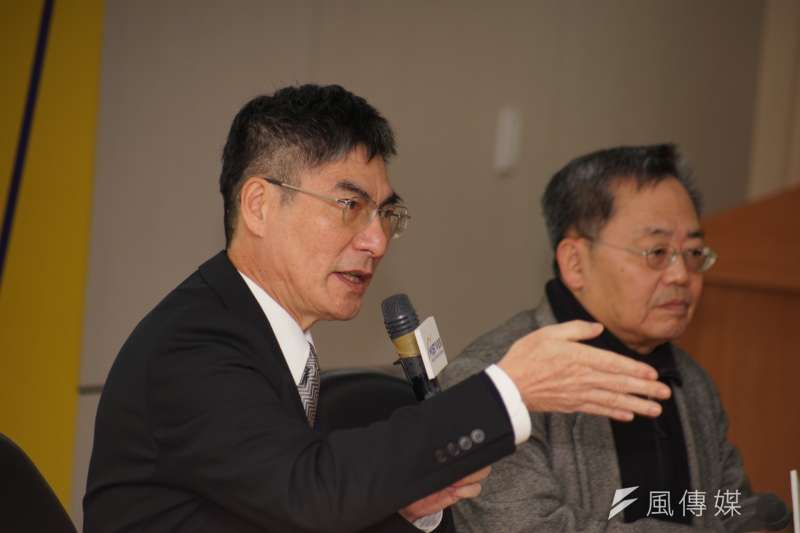 科技部7日舉行年終記者會,部長陳良基表示,科技部將在下個立法院會期,推動《無人駕駛實驗條例》、《基因改造實驗條例》。(盧逸峰攝)